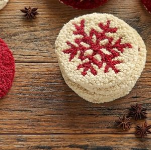 Sundance set of 4 hooked wool Snowflake Coasters